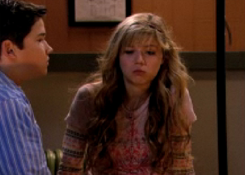 File:Seddie-After-The-Kiss-icarly-3389813-500-357.jpg