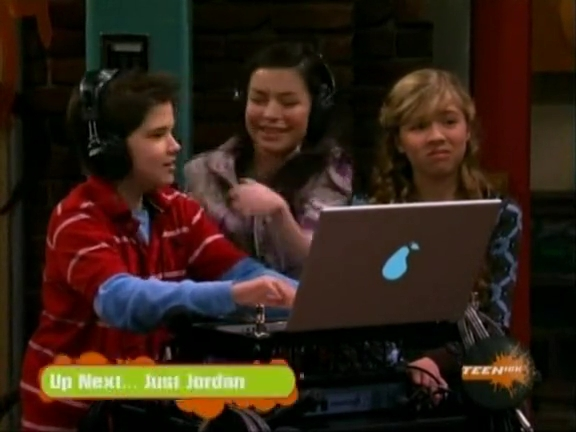 File:ICarly.S01E04.iLike.Jake.avi.flv 001255487.jpg