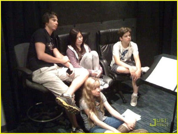 File:Icarly-behind-the-scenes-02.jpg
