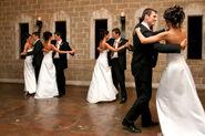 Bridal-party-dance