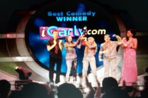 File:Icarly awardsss.jpg