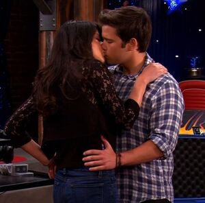 The Final Creddie Kiss iGoodbye