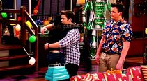 ICarly.S07E07.iGoodbye.480p.HDTV.x264 -Finale Episode-.mp4 002400854-004