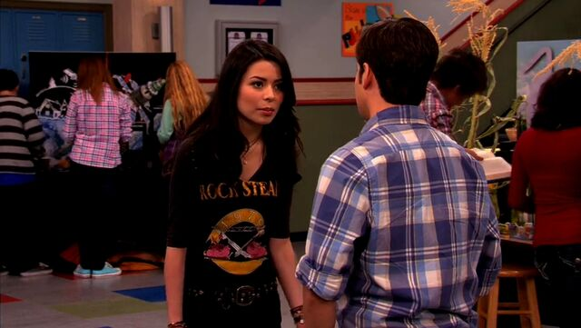 File:ICarly.S04E10.iOMG-HD.480p.Web-DL.x264-mSD.mkv 000943721.jpg