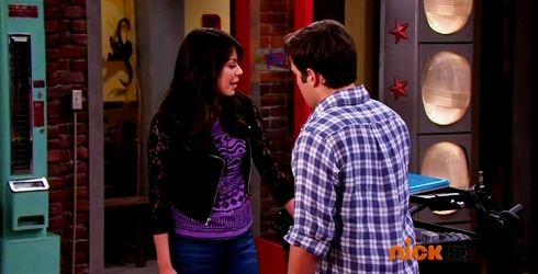 File:ICarly.S07E07.iGoodbye.480p.HDTV.x264 -Finale Episode-.mp4 002371742-055.jpg