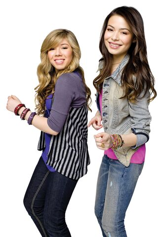 File:Sam Puckett and Carly Shay 02.jpg