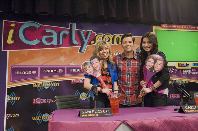 File:400px-Icarly istart 14HR.jpg