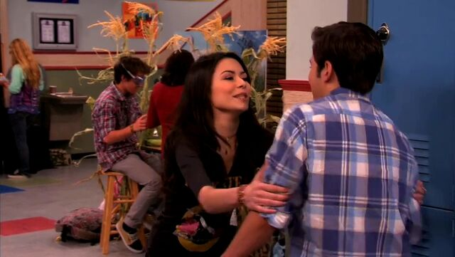 File:ICarly.S04E10.iOMG-HD.480p.Web-DL.x264-mSD.mkv 000981301.jpg