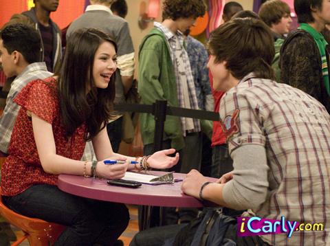 File:ISpeed Date Carly .jpg
