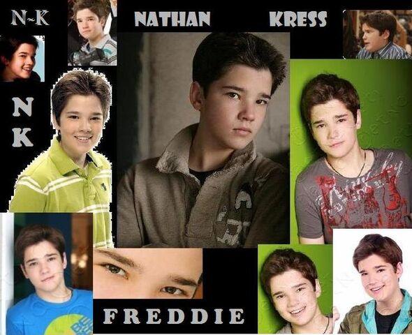File:Nathan Kress - Freddie Benson.jpg
