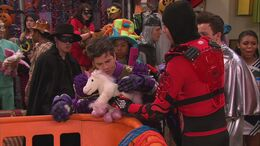 ICarly.S06E04.iHalfoween.720p.WEB-DL.AAC2.0.H.264-Genii-12-17-51-