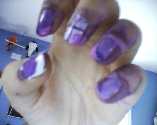 File:Purpleat.jpg