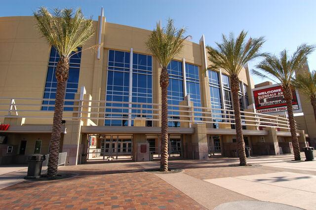 File:Glendale-arena.jpg