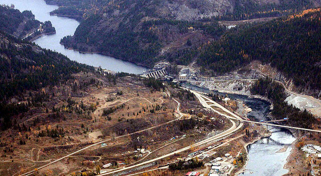 File:Castlegar, British Columbia.jpg
