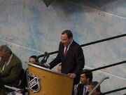 Gary Bettman at Entry Draft 2008