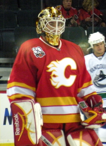File:Curtis McElhinney.png