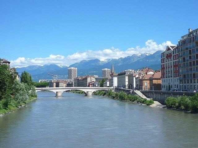 File:Grenoble.jpg