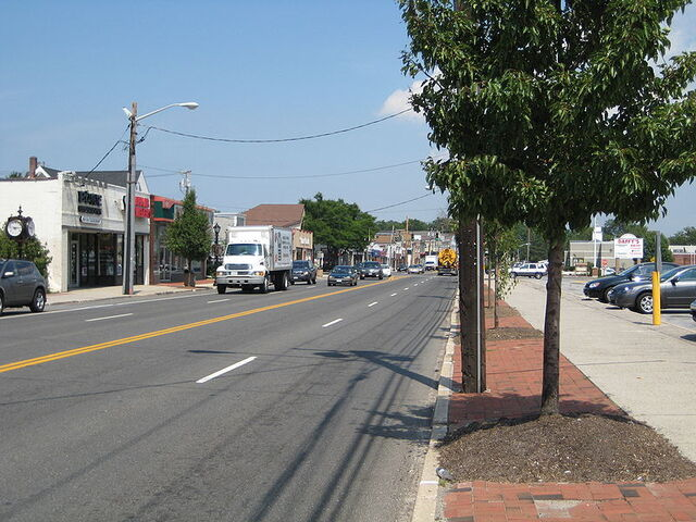 File:Smithtown, New York.jpg