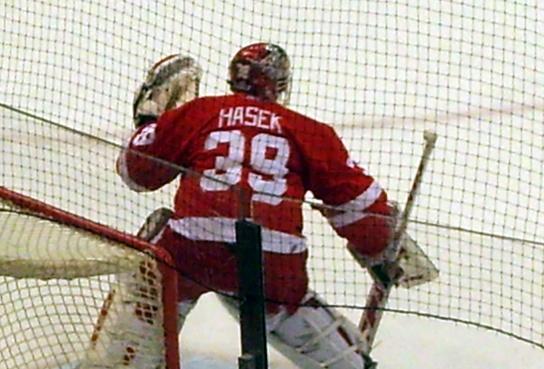 File:Hašek warm-up 2007.jpg