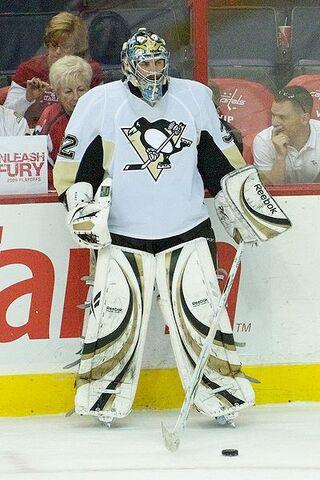 File:Mathieu Garon Penguins.jpg