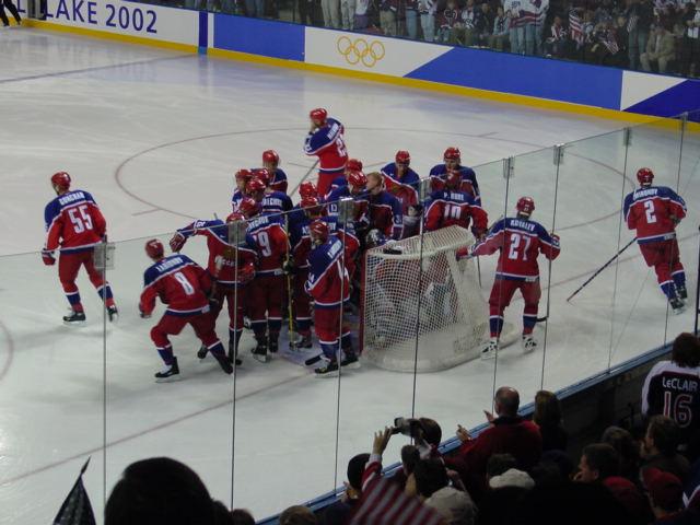 File:Russia men's hockey team 2002.jpg