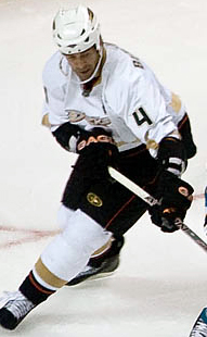 File:Todd Bertuzzi (Ducks).jpg