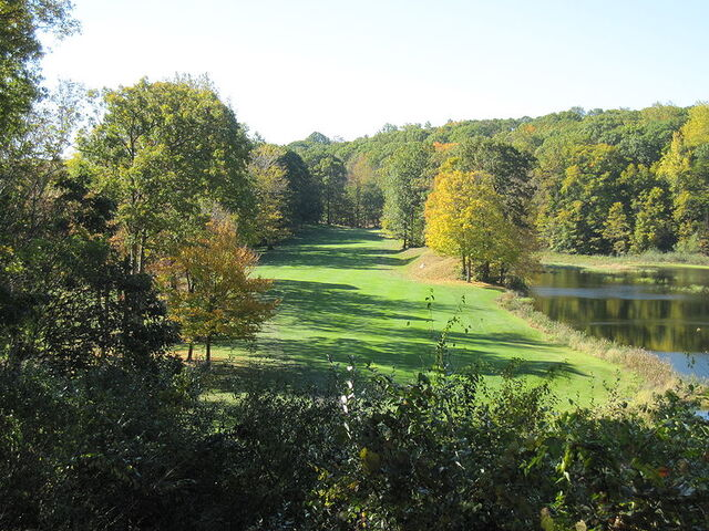 File:Ridgefield, Connecticut.jpg