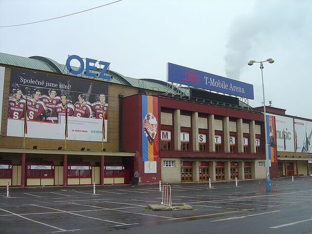 File:Praha T-Mobile Arena (6).JPG