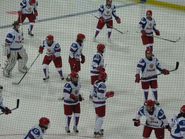 File:RussianWomen2010WinterOlympicswarmup.jpg