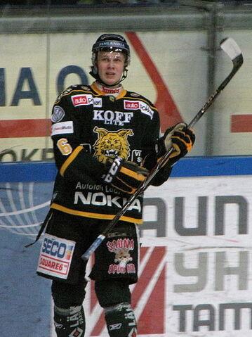 File:Jokipakka Jyrki Ilves 2011 1.jpg
