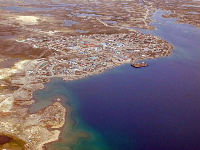 File:Cambridge Bay.jpg