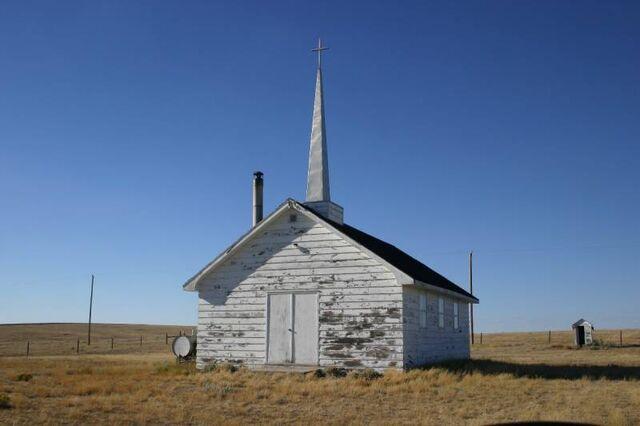 File:Divide, Saskatchewan.jpg