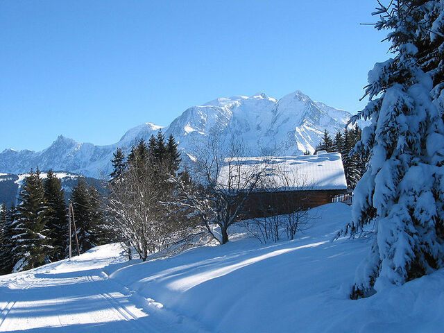 File:Saint-Gervais-les-Bains.jpg