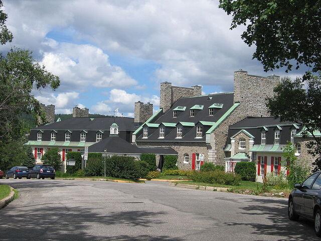 File:Baie-Comeau, Quebec.jpg