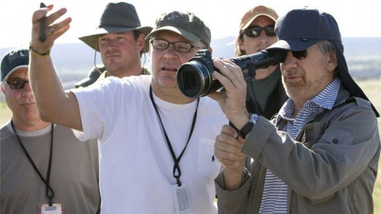 File:Indy 4- Janusz Kaminski, Spielberg & crew on-set.jpg