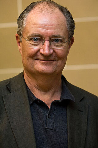 File:Jim Broadbent.jpg