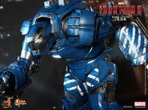 Hot-Toys-Iron-Man-Mark-38-Igor-16