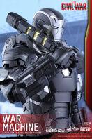 Marvel-war-machine-sixth-scale-captain-america-civil-war-hot-toys-902621-08