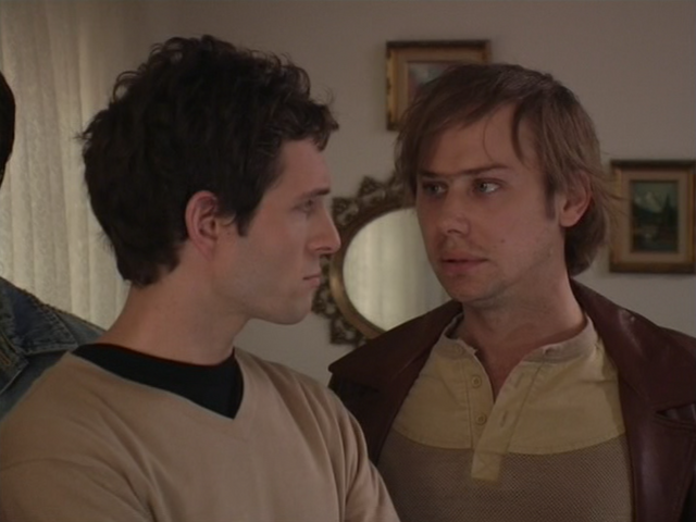 File:1x7 Liam looks at Dennis.png