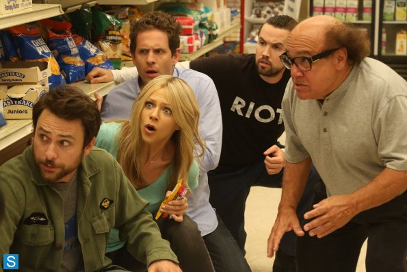 File:9X6 The Gang Saves the Day - 4.jpg