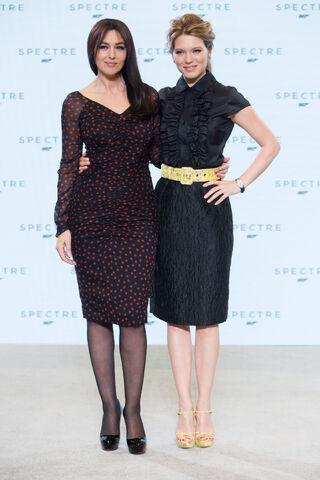 File:Spectre press conference - Seydoux and Bellucci.jpg