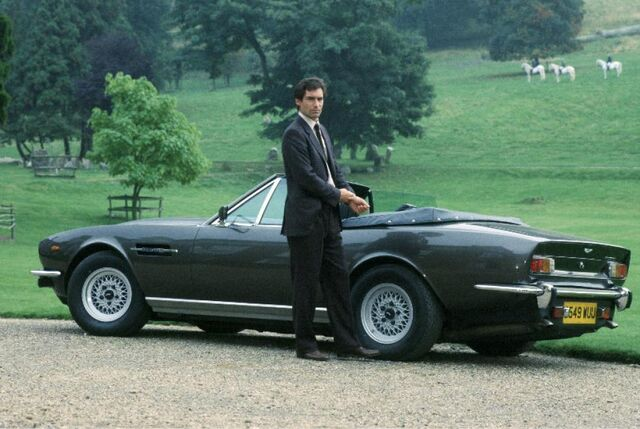 File:Dalton and the Aston Martin V8 Volante.jpg