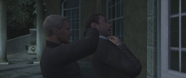 File:FRWL (game) - Red Grant strangles the fake 007.png