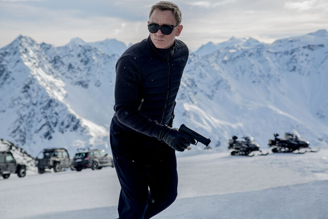 File:Spectre-FIRST-LOOK 001.jpg