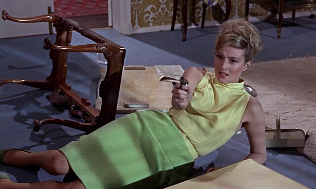 File:From Russia With Love - Tanya decides to who shoot.jpg