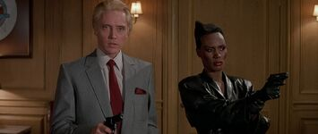 A View to a Kill - Zorin and May Day in the Mayor's office