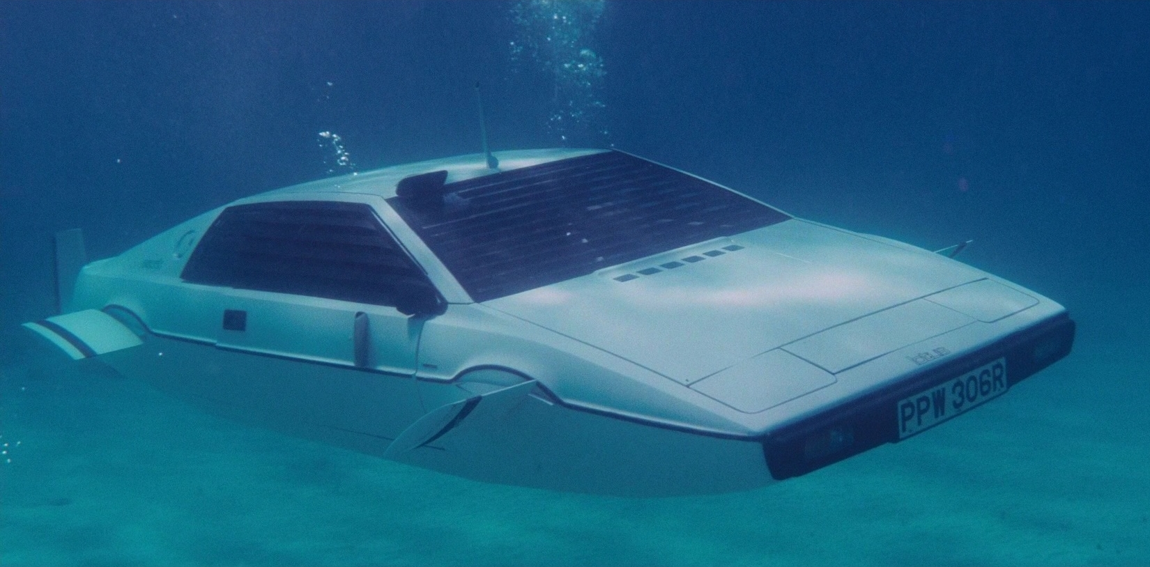 James Bond submersible
