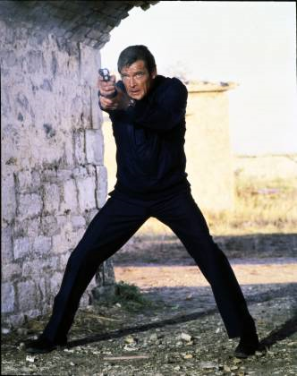 File:Roger Moore In For Your Eyes Only.png