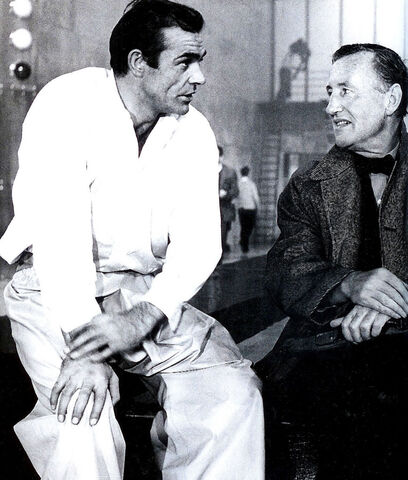 File:Goldfinger-Sean-Connery-with-Ian-Fleming.jpg