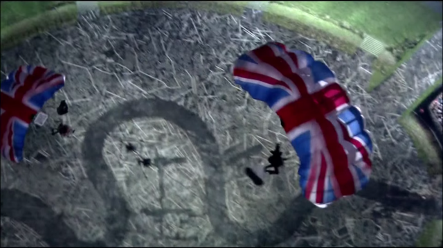 File:Bond and Queen jumping.png